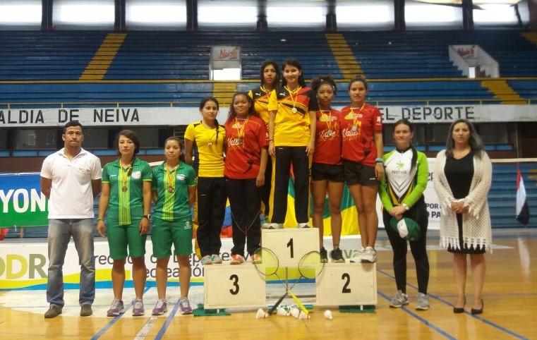 epdc-chia-160928-imrd-badminton-bronce-3